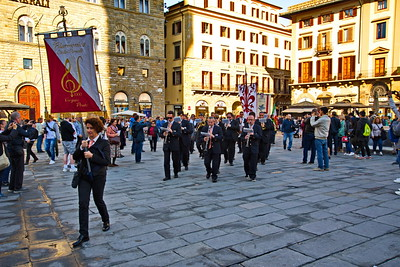 Florence_Marching_Band_in-the_Square_D75_0061_resize