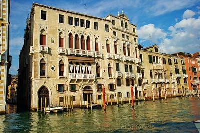 Venice_Along_Grand-Canal_D3S0437