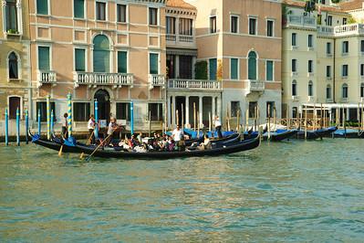 Venice_Along_Grand_Canal_D3S0447