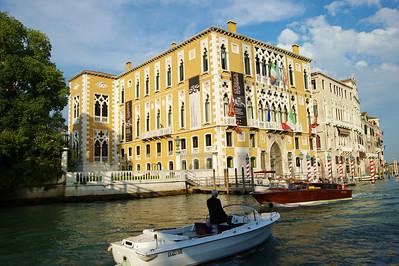Venice_Along_Grand_Canal_D3S0436