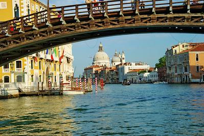 Venice_Academia-Bridge_Salute_D3S0435