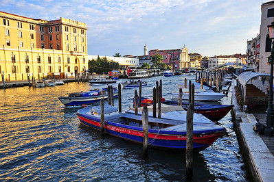 Venice_Grand-Canal_D3S0244