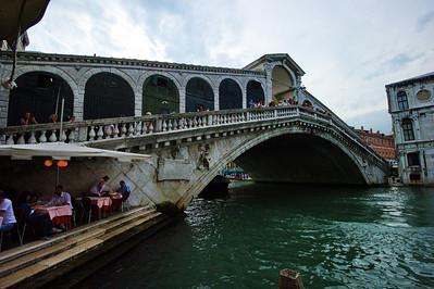 Venice_Rialto_Bridge_D3S0337