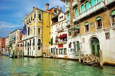 Venice_Along_Grand-Canal_D3S0342