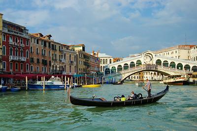 Venice_Gondola Rialto_D3S0408