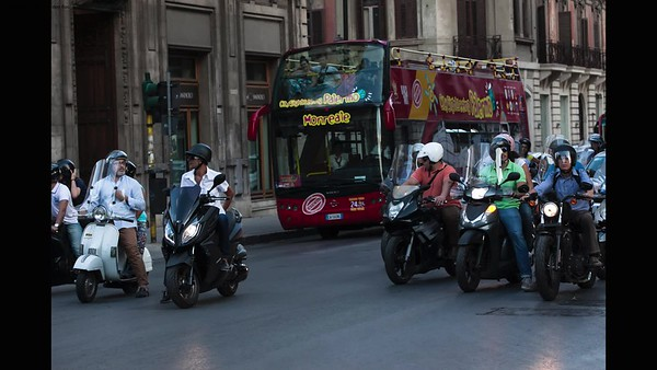 Il mondo motociclistico - the slide show with thanks to Ken Burns