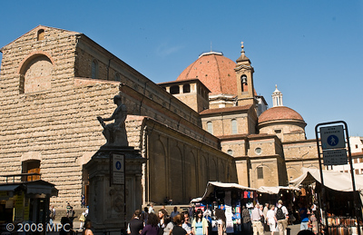 The Duomo from the Mercado in San Lorenzo