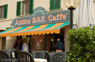 On the way back to the agriturismo, we stopped in Mercatale to our favorite caffe for due cafe!