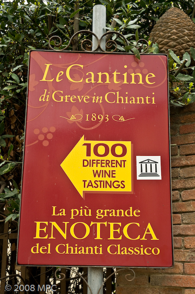 After lunch we wondered over to LeCantine Enoteca...  Here you can buy a wine card and can taste over 140 wines.