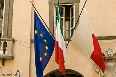 Flags of the EU, Italy and Lucca