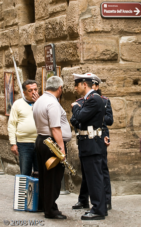 Musicians getting busted at the Piazza Anfiteatro Romano