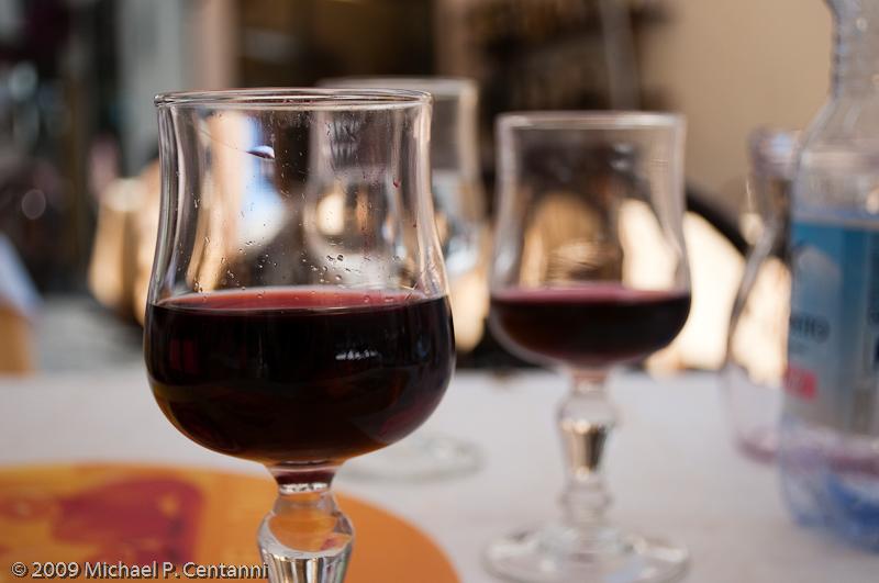 Vino rosso della Casa in Amalfi