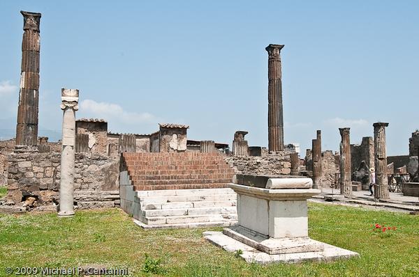 Pompeii-70