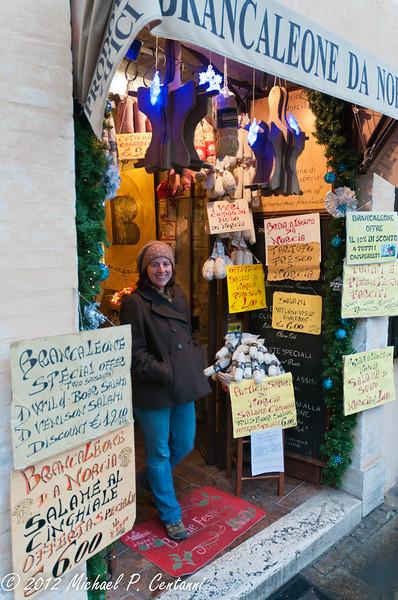un negozio in Assisi