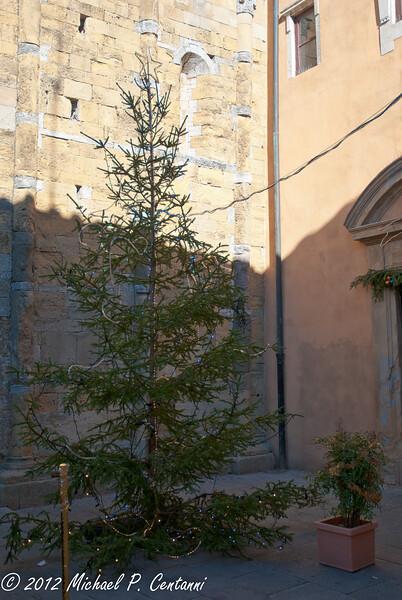 Christmas tree in Piazza dei Priori, Volterra