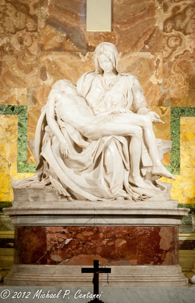 Pieta<br /> St Peters Basilica, Vatican City