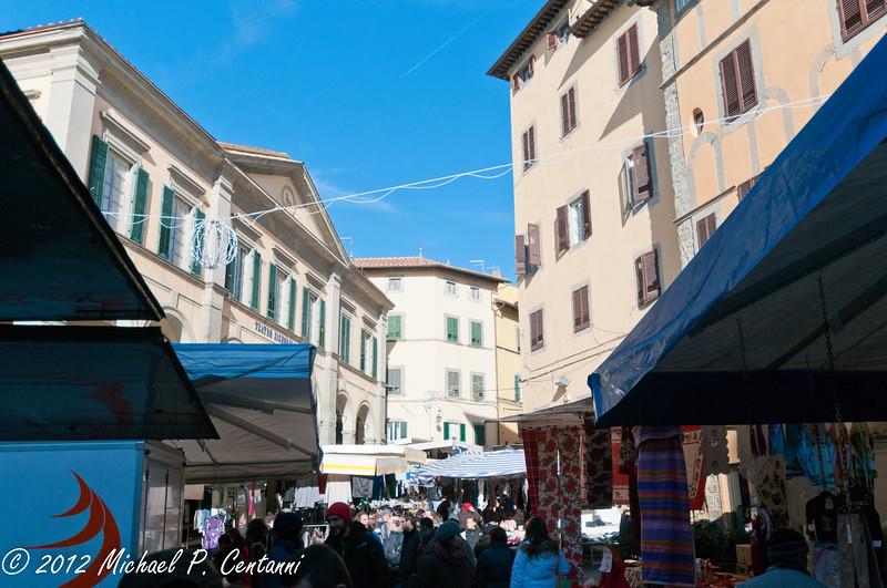 Market day in Cortona at the Piazza della Reppublica