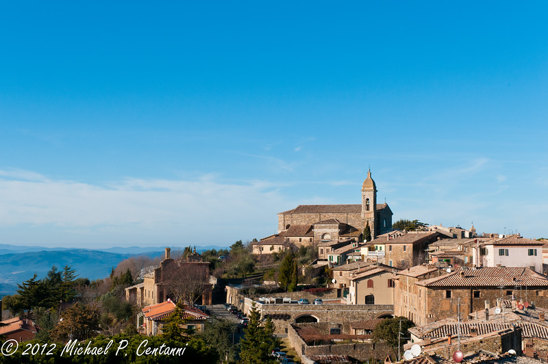 the town of Montalcino