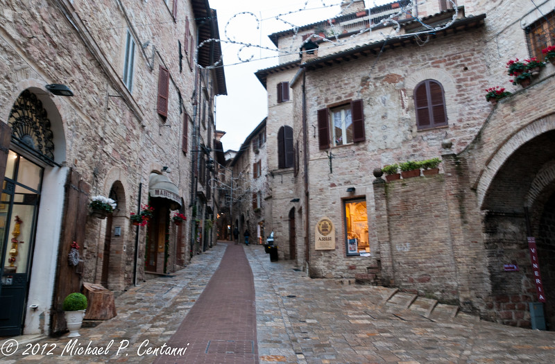 Via San Rufino, Assisi