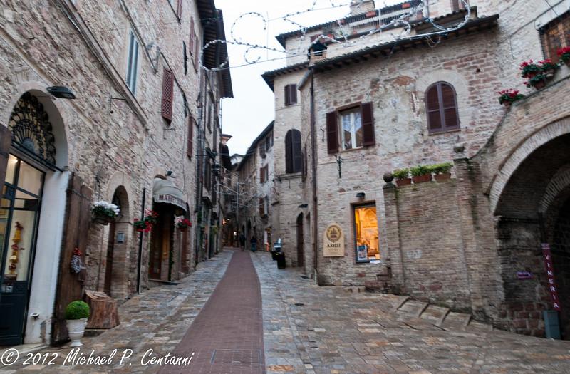 Via San Rufino, Assisi