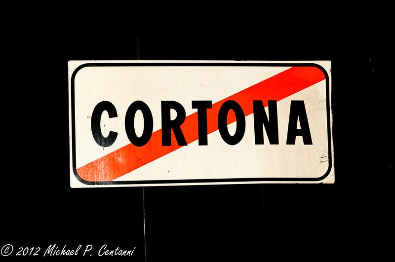 You are now leaving Cortona