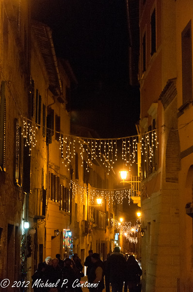 Christmas lights in Montepulciano