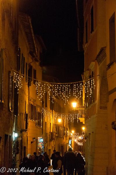 Christmas lights in Montepulciano