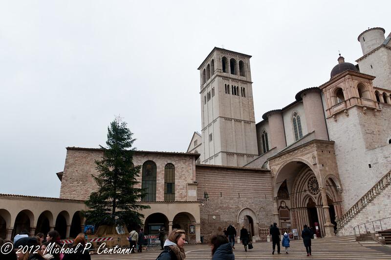 Outside the Baslica di San Francesco