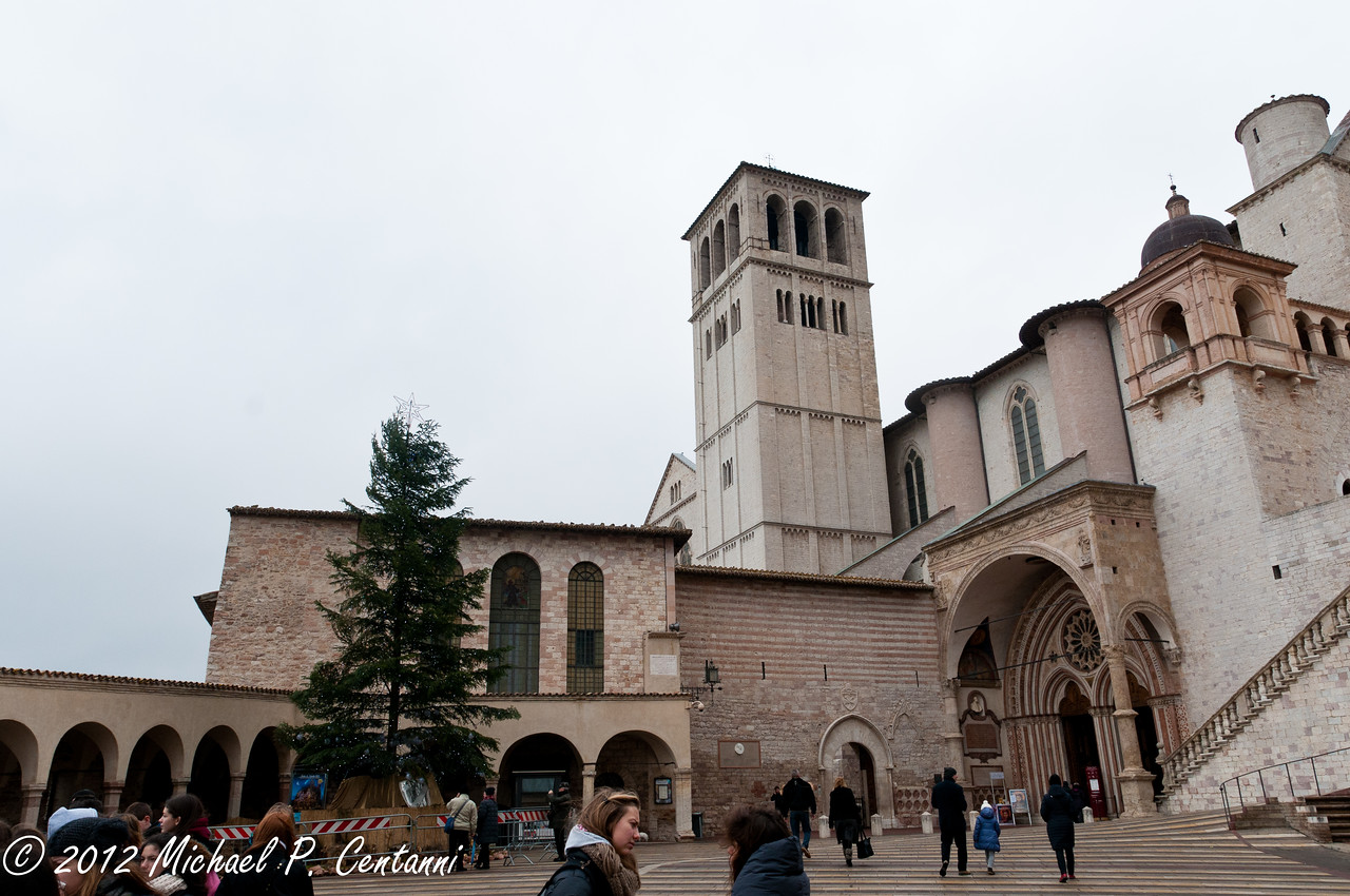 Outside the Baslica di San Francesco