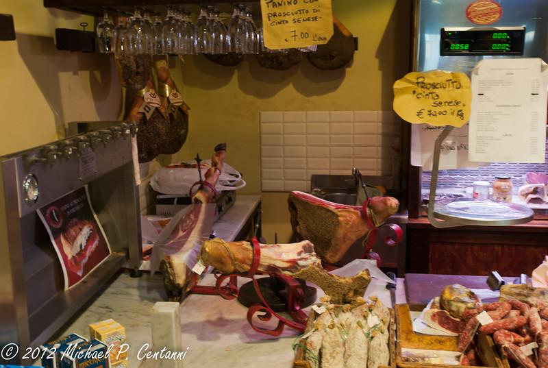 Negozio di carni e formaggi