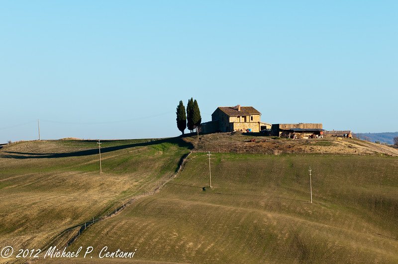 The countryside between Montalcino and Montepulciano