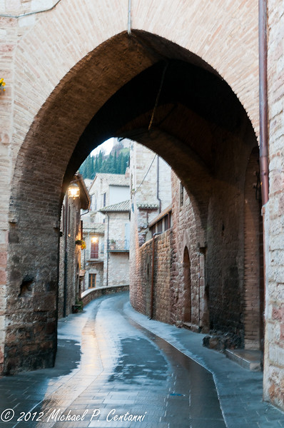 one of the many winding streets in Assisi