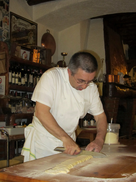 Cutting the dough for tagliatelle