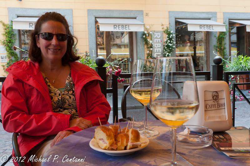 un bicchiere di Arneis in Bra