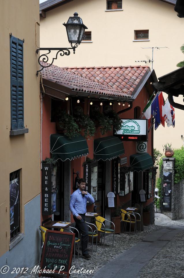 Cafe outside the Piazza della Chiesa, Bellagio