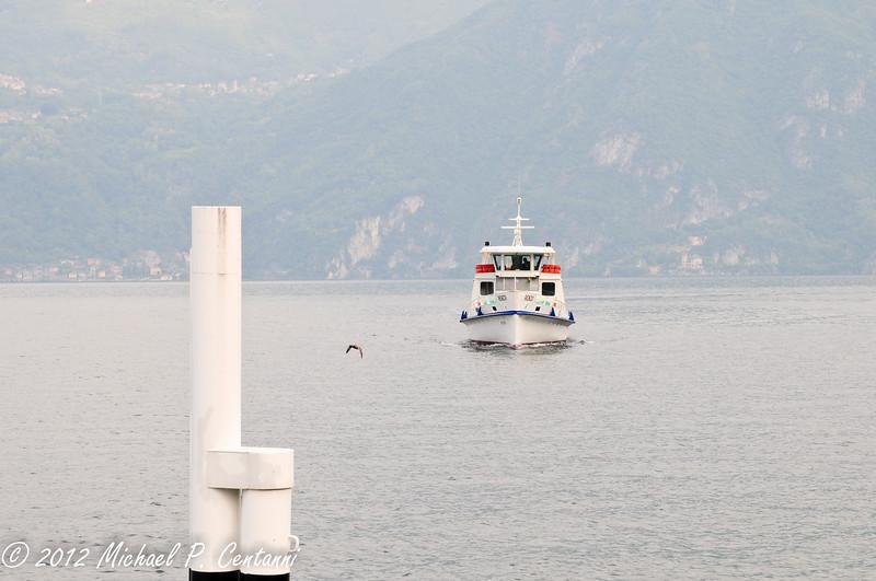 Arriving ferry in Varenna