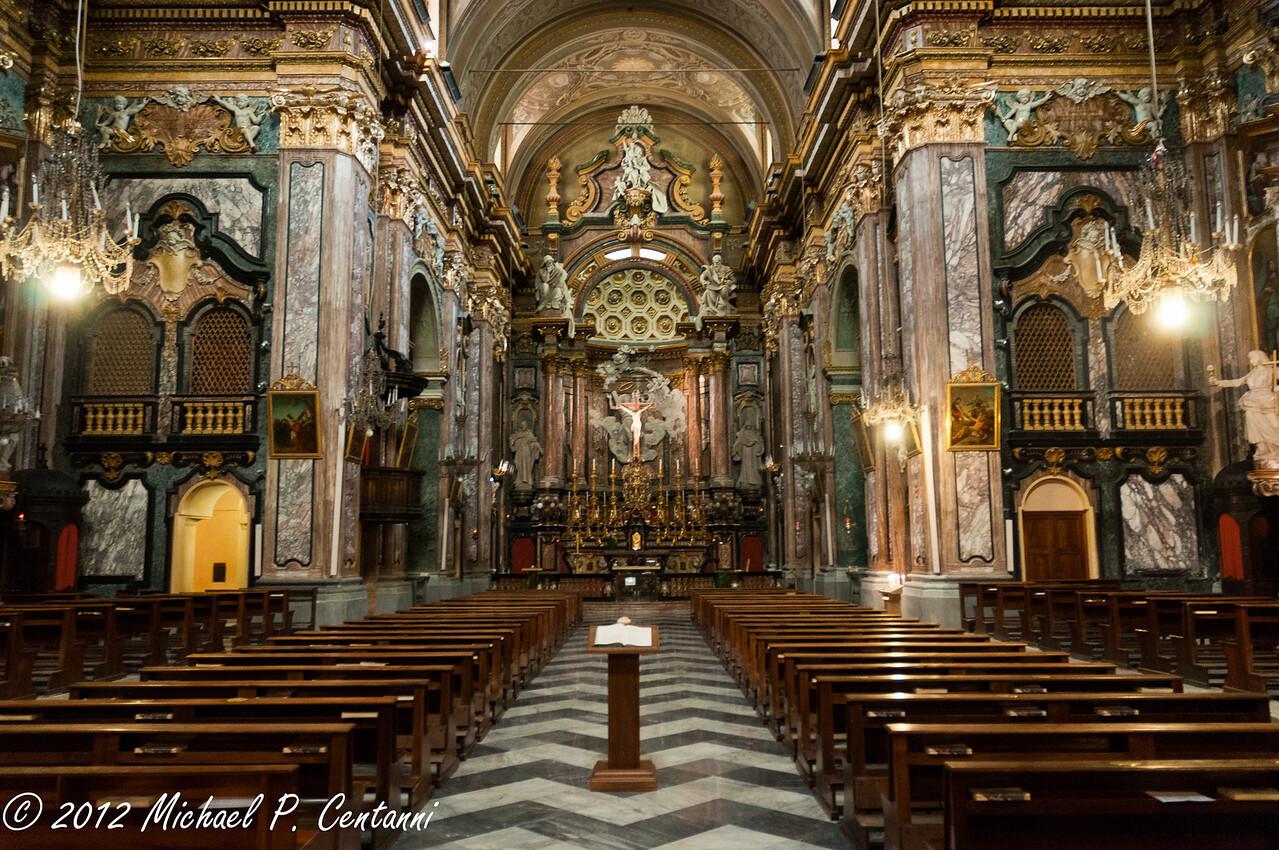 Inside Chiesa di San Vittore