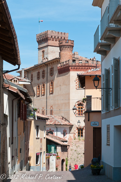 looking towards the Castello Falletti in Barolo