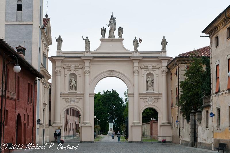 Belvedere Arch, Cherasco