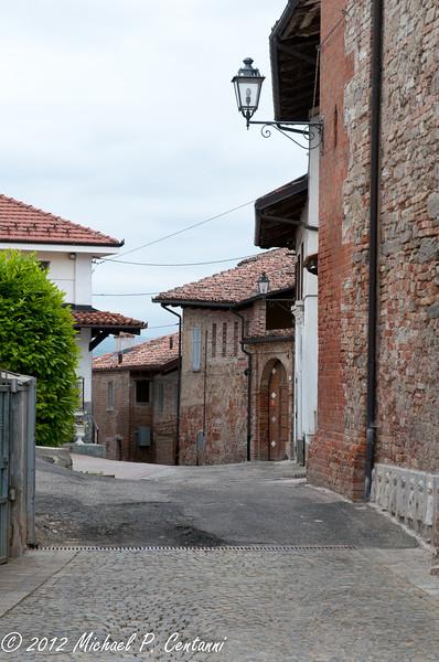 a street in Verduno