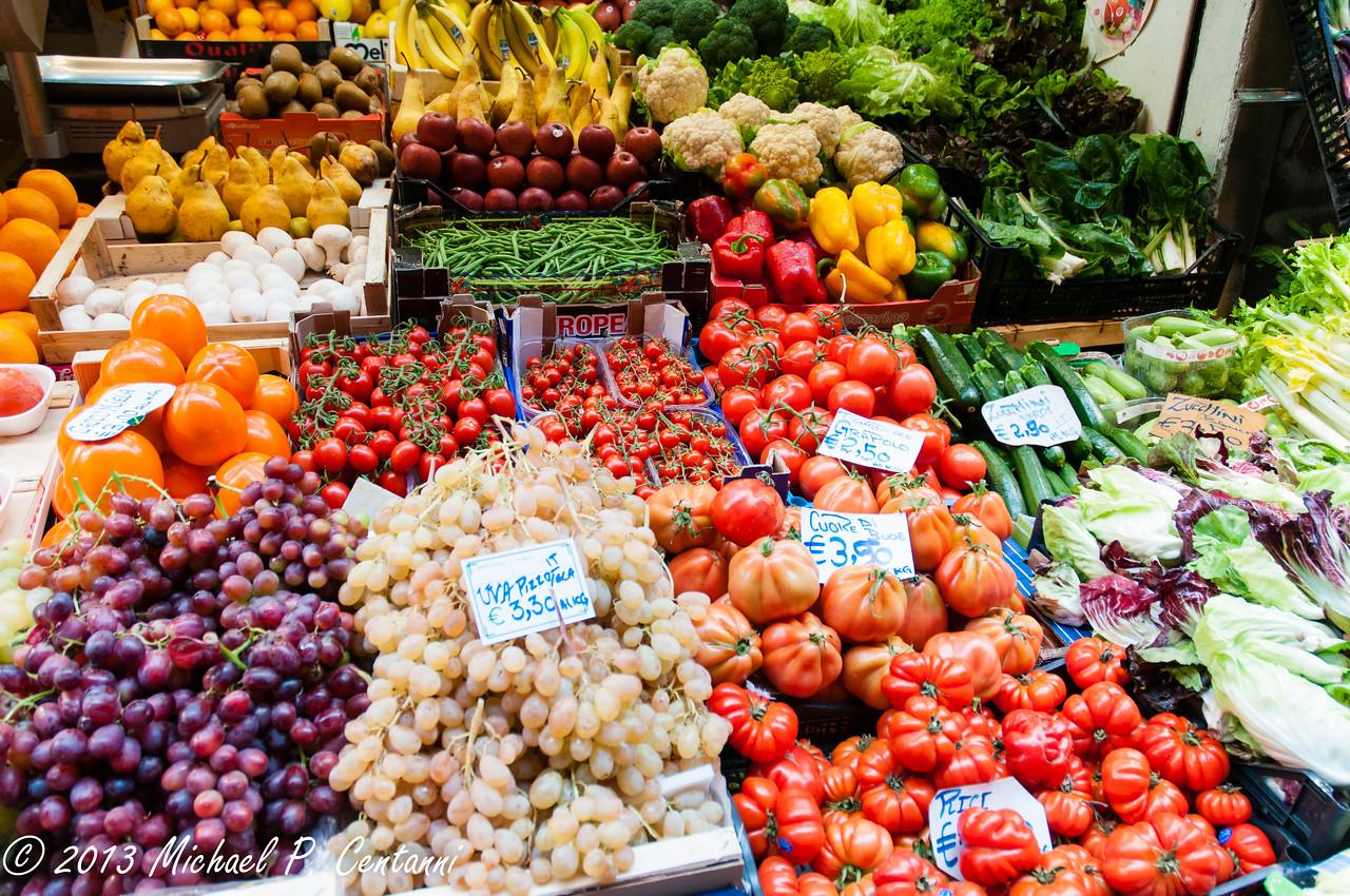 f<br /> Frutta e verdure colorate