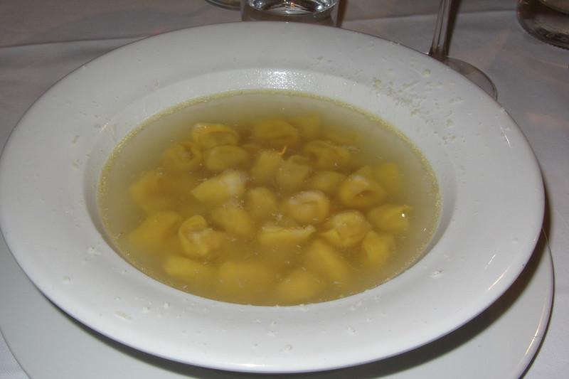 Tortellini en Brodo at Trattoria da Gianni in Bologna