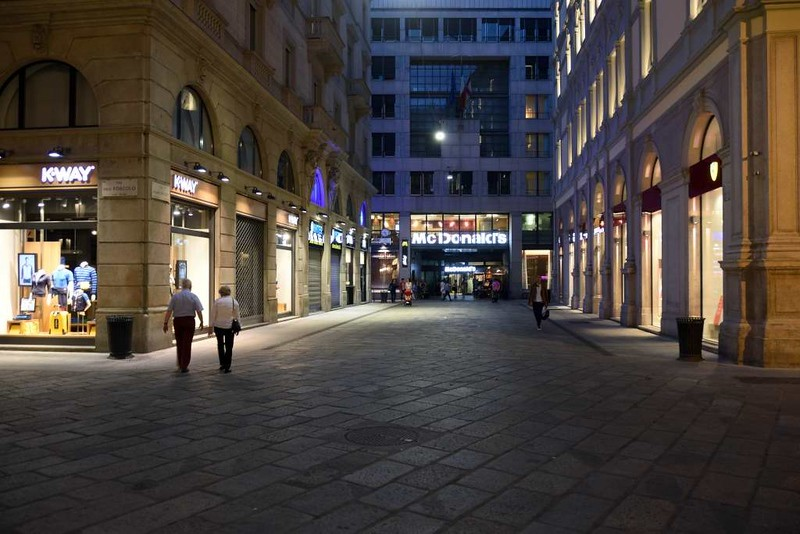 Victor Emanuel II arcade, Milan, 9 June 2015 8: McDonald's, kept outside the arcade.
