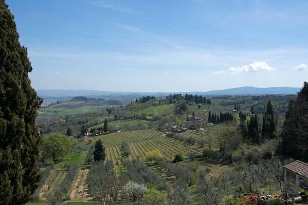 Tuscan countryside, San Gimignano, 15 April 2015