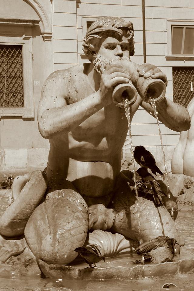 Fontana del Moro / Karen Perrin Photo