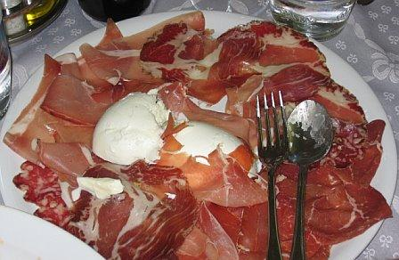 Platters, upon platters of wonderful food. L'Amalfitano Restaurant, Dello / Gina's Photos
