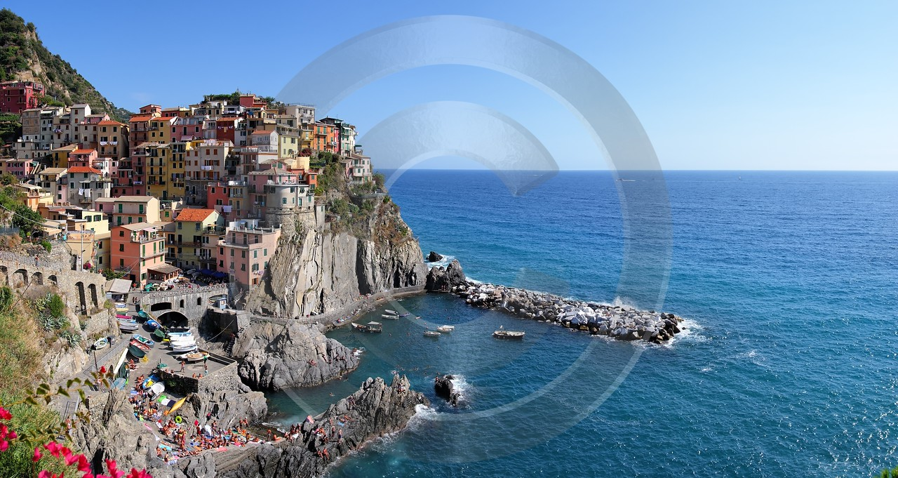 Manarola Cinque Terre Ocean Town Viewpoint Cliff Port Sky Stock Images Forest Fine Art Photo Spring - 002171 - 18-08-2007 - 7604x4043 Pixel