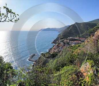 Riomaggiore Cinque Terre Ocean Town Viewpoint Cliff Port Stock Pictures Images Stock Image - 002184 - 18-08-2007 - 4944x4296 Pixel