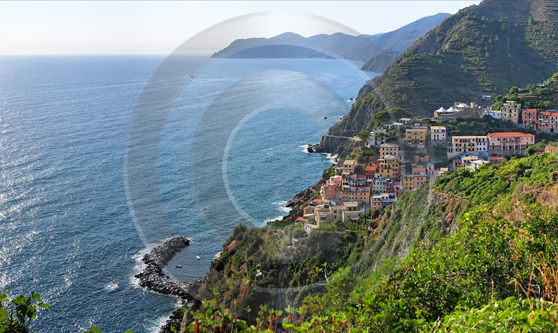 Riomaggiore Cinque Terre Ocean Town Viewpoint Cliff Port Fine Art Nature Photography - 002177 - 18-08-2007 - 7141x4259 Pixel