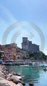 Lerici Port Boat Ship Yacht Ocean Viewpoint Castle Grass Royalty Free Stock Images - 002202 - 19-08-2007 - 4392x8095 Pixel